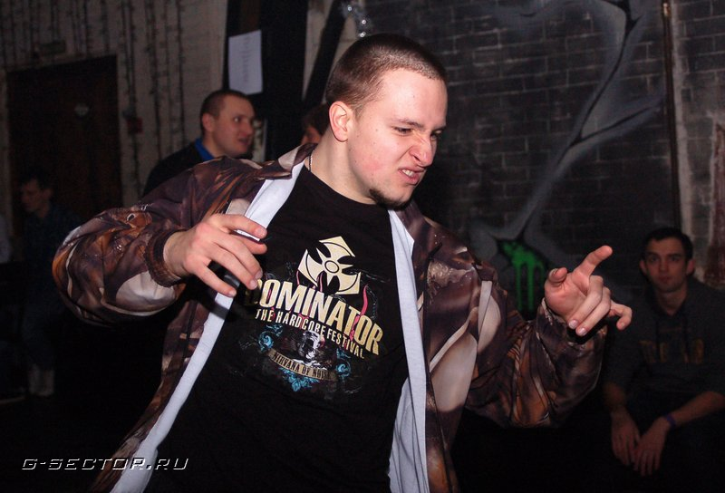 11.02.12 / Hard Energy: Frenchcore Guerrilla / клуб You Too (2)