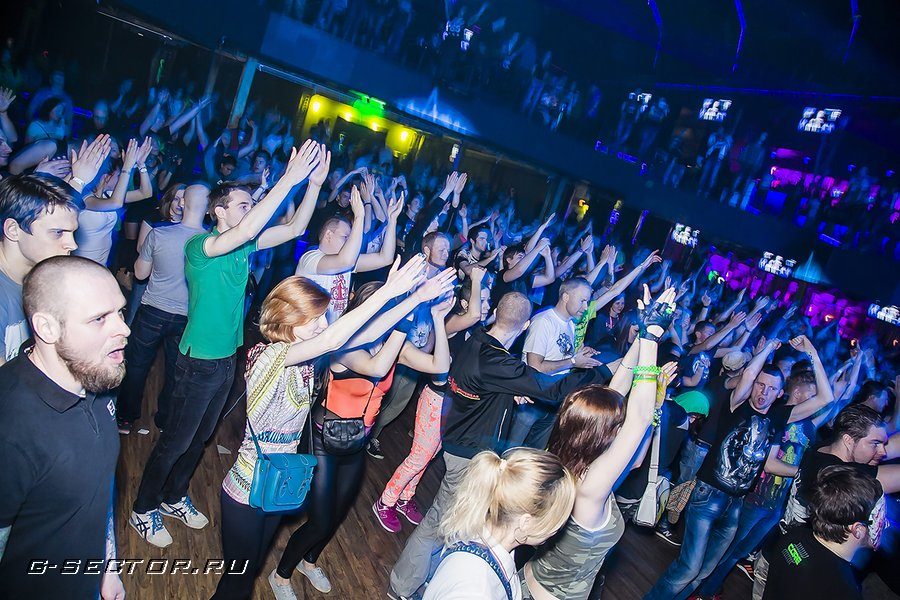 9.03.14 / Neophyte Rec: Bigger Than Ever Moscow / Известия (2)